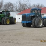 JD 9230 and New Holland 9482